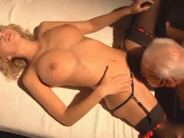 Порно со стариками ролики фото 95-924